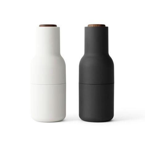 Menu Bottle Salz- & Pfeffermühle Ash/Carbon mit Walnussdeckel 2er-Set