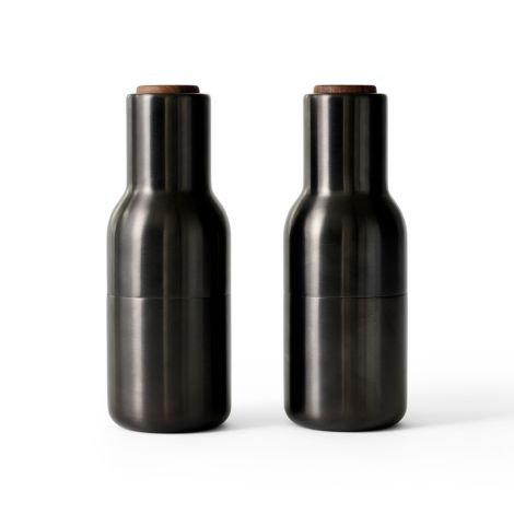 Menu Bottle Salz- & Pfeffermühle Bronzed Brass mit Walnussdeckel 2er-Set