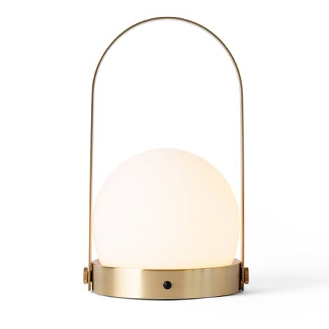 Menu Carrie LED Lampe Brushed Brass wiederaufladbar