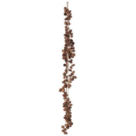 Bloomingville Girlande aus Zapfen