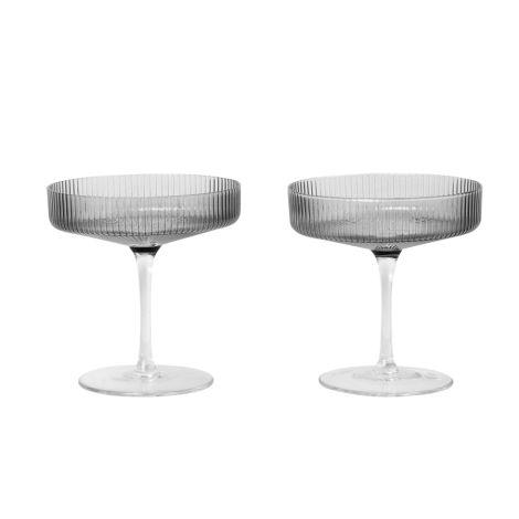 ferm LIVING Champagner Gläser Ripple Smoked Grey 2er-Set