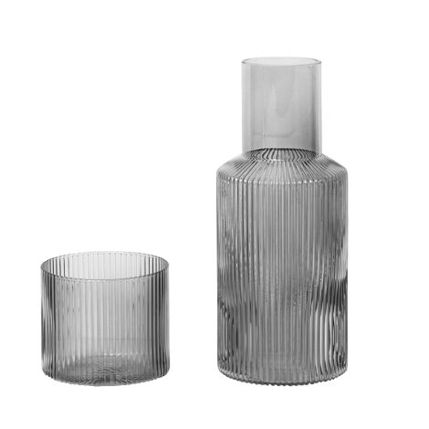 ferm LIVING Karaffe und Glas Ripple Smoked Grey 2er-Set