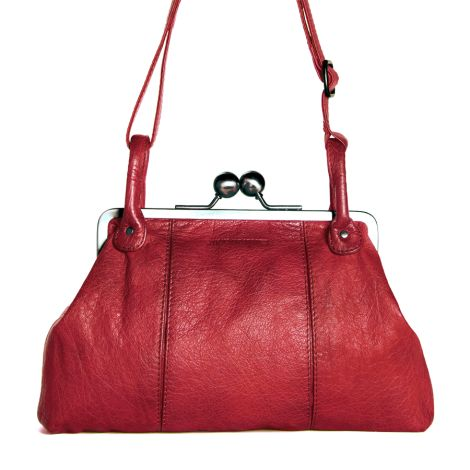 Sticks and Stones Ledertasche Toulouse Cherry Red Washed •