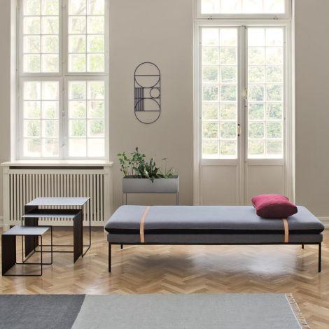 ferm LIVING Kelim Teppich Schwarz / Grau / Rose klein