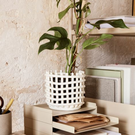 ferm LIVING Schale Keramik-Korb Large Off-White