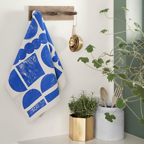 ferm LIVING Geschirrtuch Stamp Blue