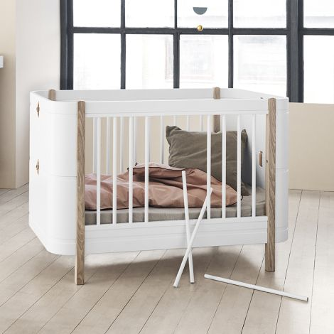 Oliver Furniture Baby- und Kinderbett Wood Mini+ Basic Weiß/Eiche