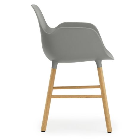 Normann Copenhagen Form Lehnstuhl Oak/Grey