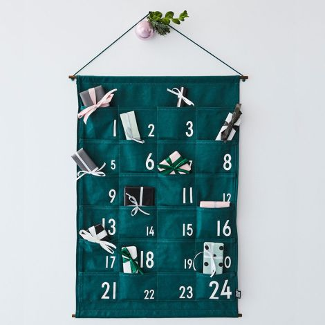 Design Letters Adventskalender Green