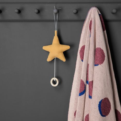 ferm LIVING Musik-Mobile Star Mustard