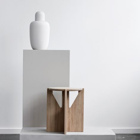 Kristina Dam Studio Hocker Solid Oak