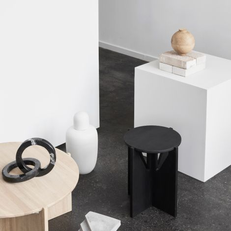 Kristina Dam Studio Hocker Black