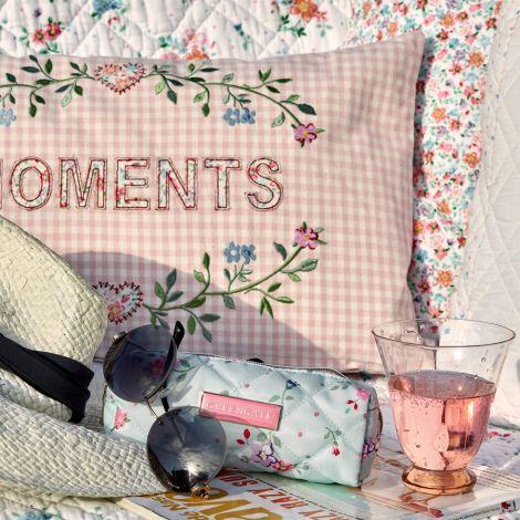 GreenGate Kissenhülle Moments Pale Pink Bestickt 30x50cm
