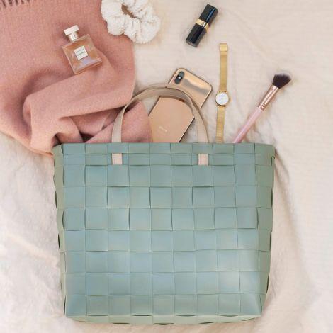 Handed By Shopper Petite mit Innentasche Sage Green