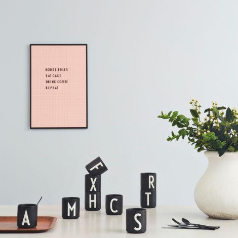 Design Letters Porzellan Becher H Schwarz