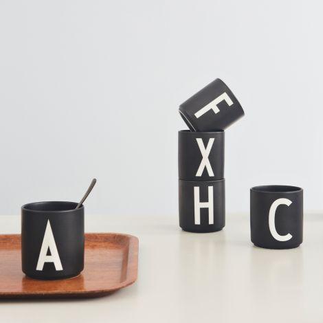 Design Letters Porzellan Becher A Schwarz