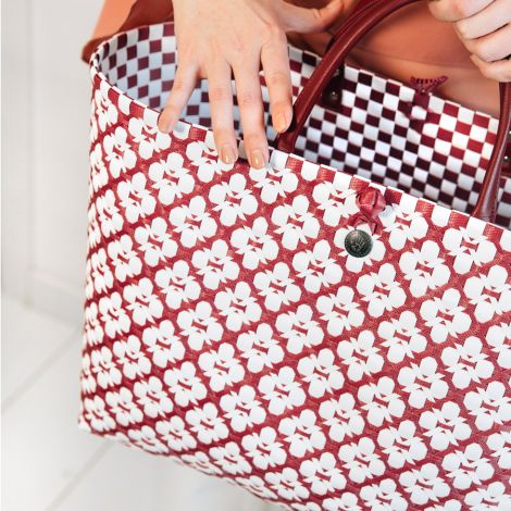 Handed By Shopper Motif White/Marsala Red