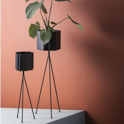 ferm LIVING Pflanzenständer Light Grey High