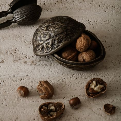 ferm LIVING Dose Forest Nut Antique Brass
