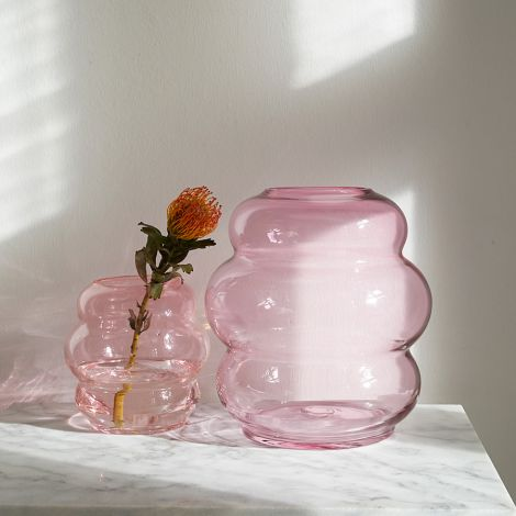 FUNDAMENTAL.BERLIN Vase Muse Medium Rubine