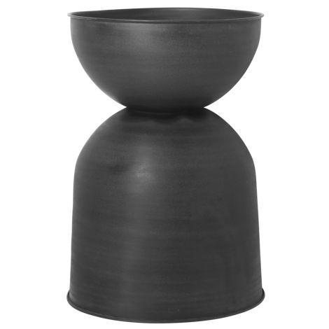 ferm LIVING Pflanzkübel Hourglass Black/Dark Grey L •