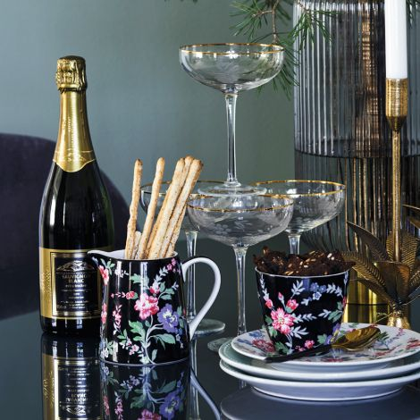 GreenGate Krug Isobel Black 0,5L