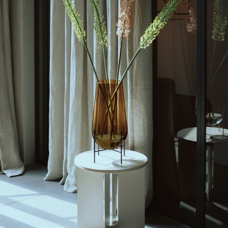 Menu Echasse Vase Amber/Bronzed Brass L