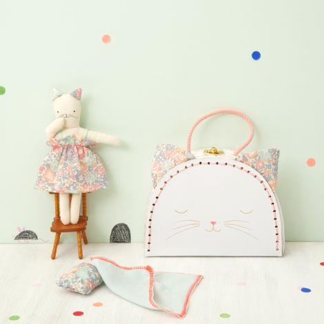 Meri Meri Koffer mit Puppe Mini Blumenkätzchen