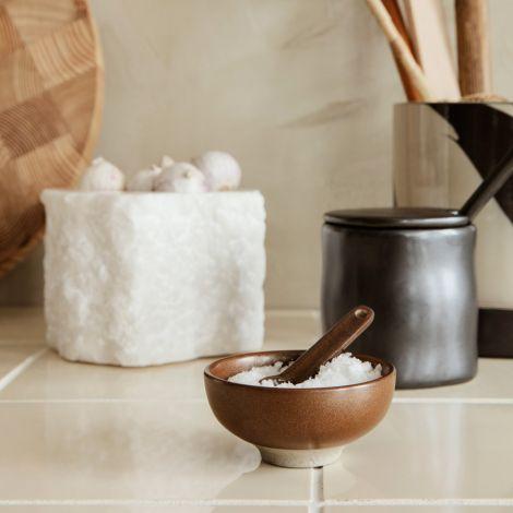 ferm LIVING Salzschale mit Löffel Petite Chocolate