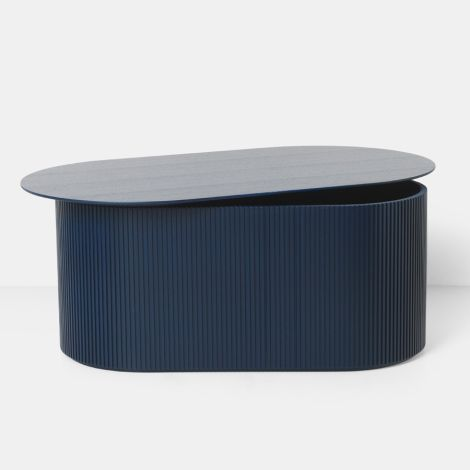 ferm LIVING Tisch Podia Oval Dark Blue