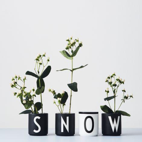 Design Letters Halterung für Blumen Black