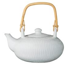 Bloomingville Porzellan Teekanne Wilma Weiß