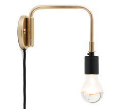 Menu Staple Wandlampe Brass