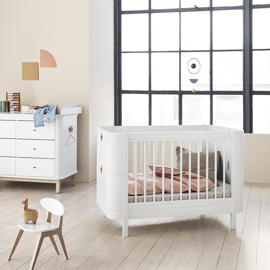 oliver furniture baby und kinderbett wood mini wei online kaufen emil paula. Black Bedroom Furniture Sets. Home Design Ideas
