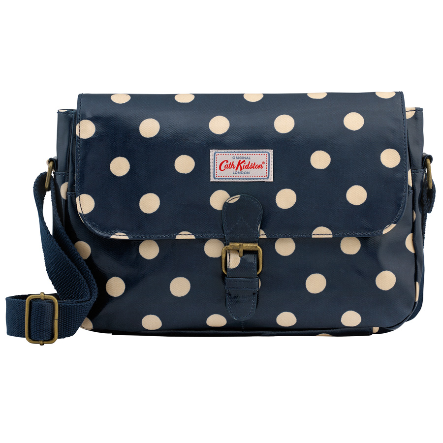 cath kidston kleine umh ngetasche button spot navy online kaufen emil paula. Black Bedroom Furniture Sets. Home Design Ideas