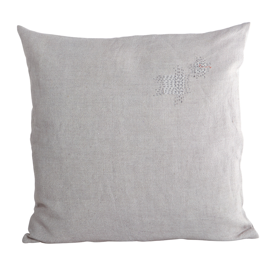 house doctor kissenbezug patch grau online kaufen emil paula. Black Bedroom Furniture Sets. Home Design Ideas