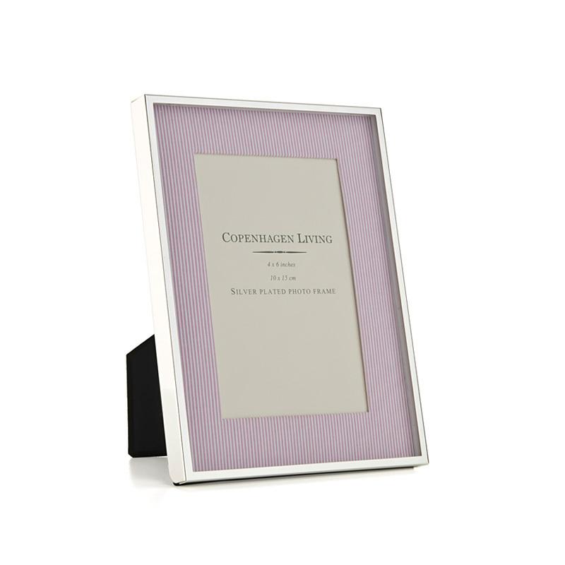klassischer bilderrahmen versilbert rosa wei er stoff 21x15 5 cm online kaufen emil paula. Black Bedroom Furniture Sets. Home Design Ideas