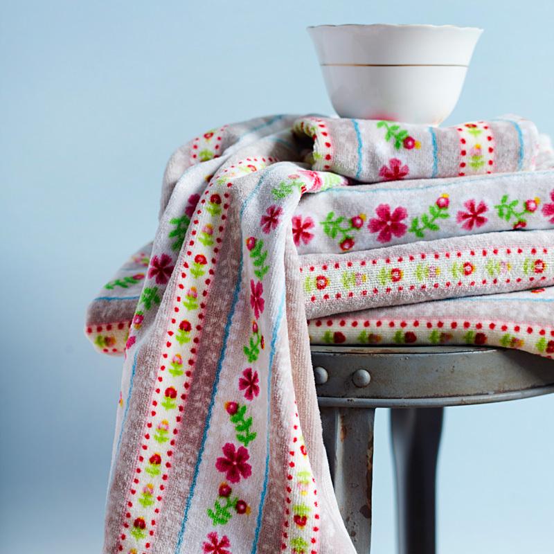 pip studio handt cher cute ribbon khaki waschhandschuh online kaufen emil paula. Black Bedroom Furniture Sets. Home Design Ideas