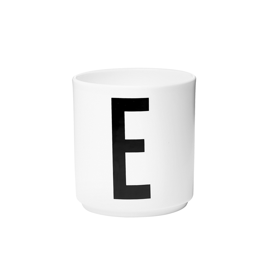design letters porzellan becher e online kaufen emil paula. Black Bedroom Furniture Sets. Home Design Ideas