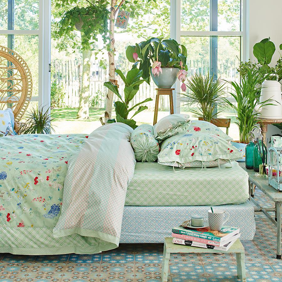pip studio bettw sche hummingbirds green online kaufen. Black Bedroom Furniture Sets. Home Design Ideas