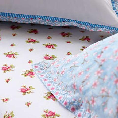 pip studio spannbettlaken 140x200 roses wei online kaufen emil paula. Black Bedroom Furniture Sets. Home Design Ideas
