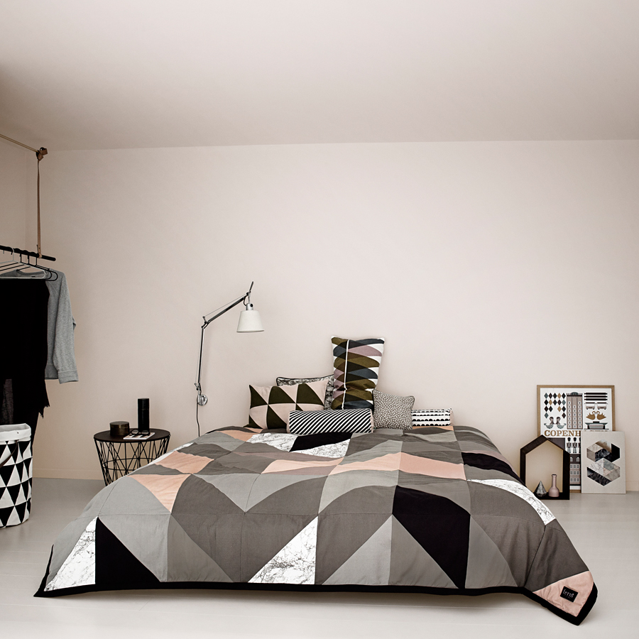 ferm living half moon aufbewahrungskorb gro online kaufen emil paula. Black Bedroom Furniture Sets. Home Design Ideas