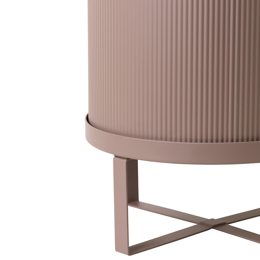 ferm living bertopf mit st nder bau dusty rose l online kaufen emil paula. Black Bedroom Furniture Sets. Home Design Ideas