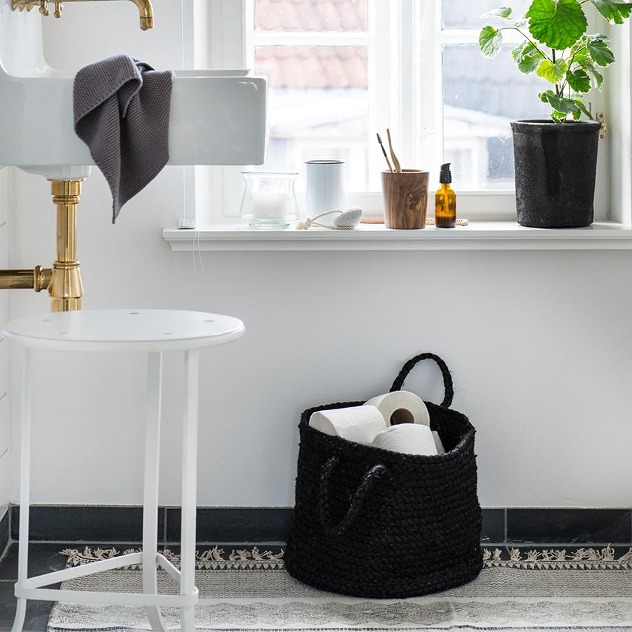 ib laursen jute korb mit henkel schwarz online kaufen emil paula. Black Bedroom Furniture Sets. Home Design Ideas