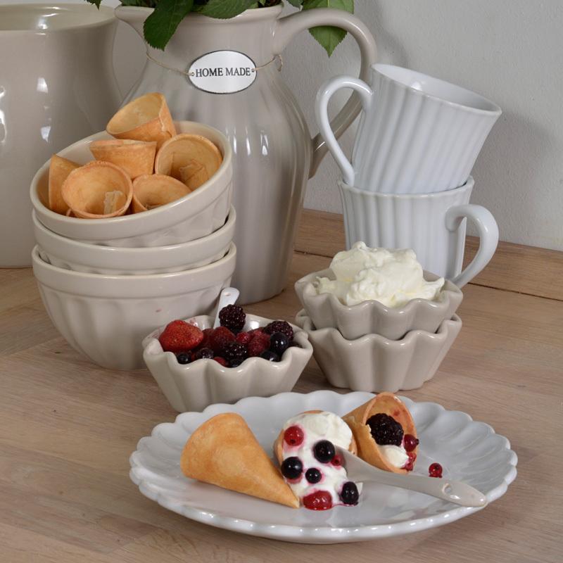 ib laursen mynte tasse pure white online kaufen emil paula. Black Bedroom Furniture Sets. Home Design Ideas
