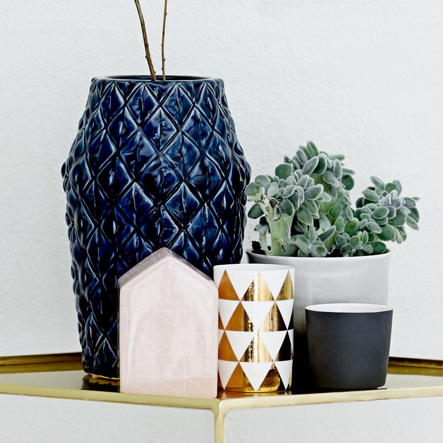 bloomingville vase square structure klein online kaufen emil paula. Black Bedroom Furniture Sets. Home Design Ideas