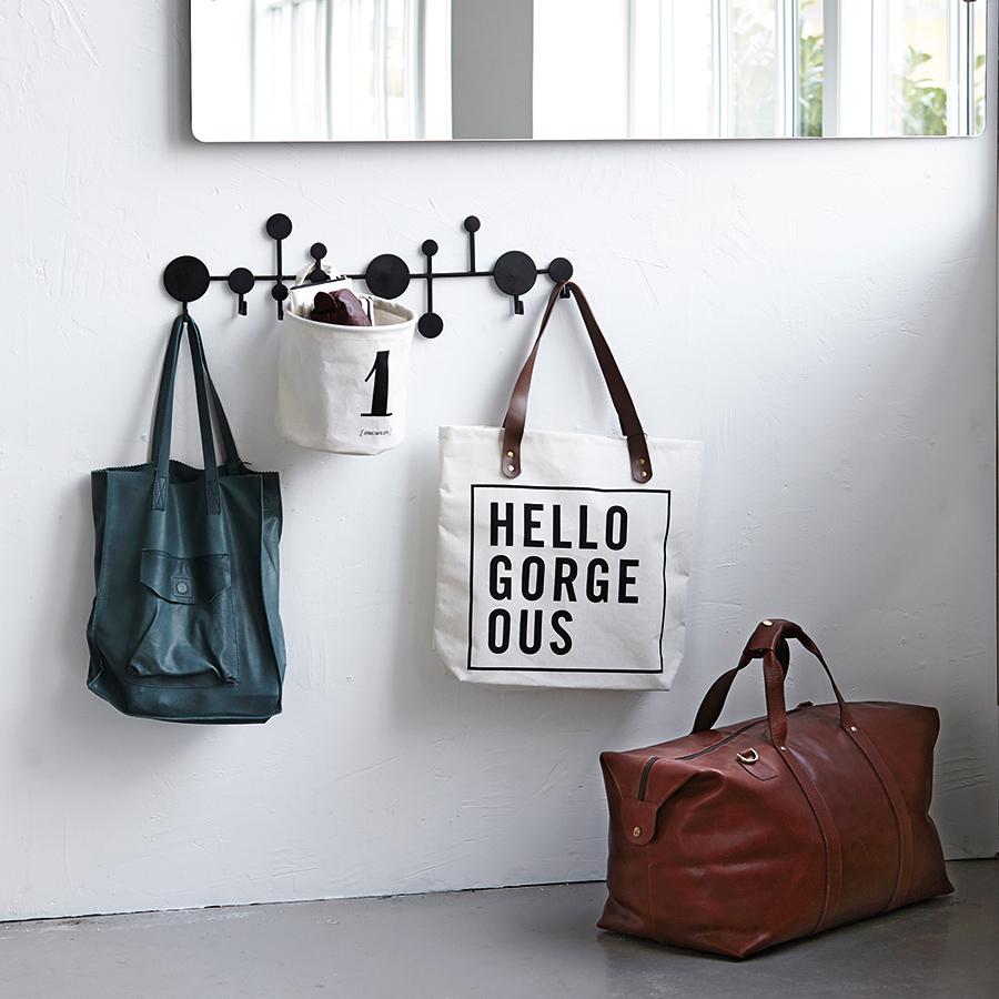 emil paula house doctor garderobe circles schwarz online kaufen. Black Bedroom Furniture Sets. Home Design Ideas