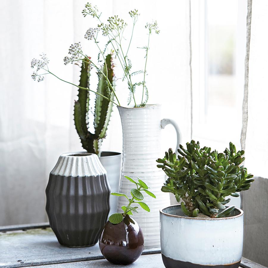 house doctor vase drop metallic aubergine online kaufen. Black Bedroom Furniture Sets. Home Design Ideas