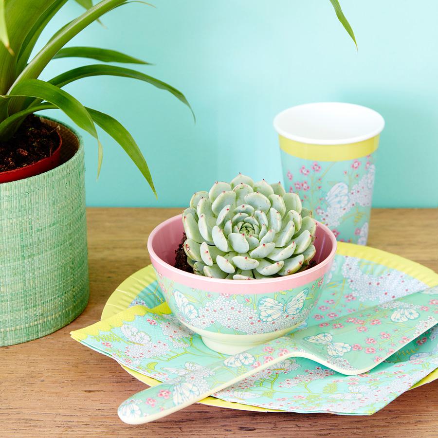 rice melamin kuchenheber 39 today is fun 39 green flower. Black Bedroom Furniture Sets. Home Design Ideas