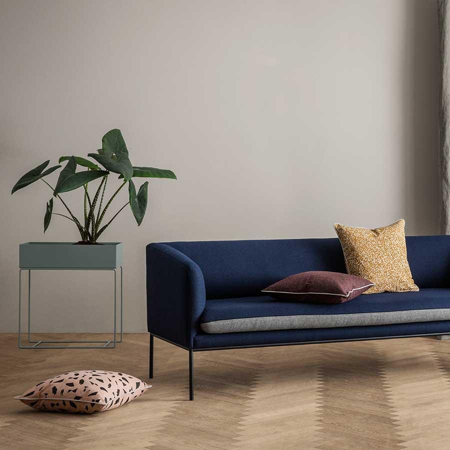Ferm Living Pflanzenständer : ferm living pflanzenst nder dusty blue online kaufen emil paula ~ Frokenaadalensverden.com Haus und Dekorationen